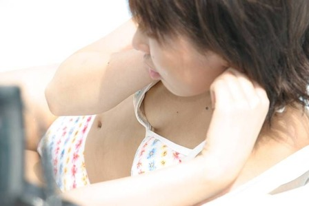 胸チラ (7)