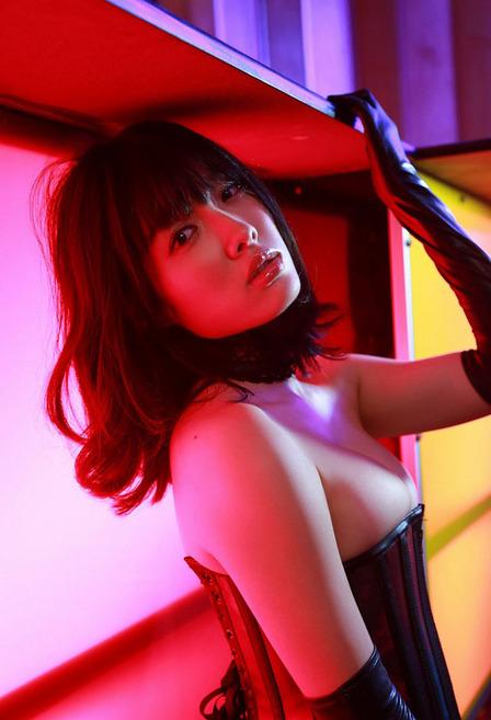 杏南 (48)
