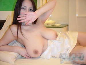 人妻 (2)