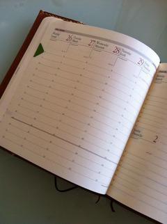 2013 手帳術 その(4) 「トラベラーズノート」の真似をしてノートを2冊挟んでみた