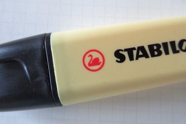 スタビロの蛍光ペン「Boss」の パステルカラー 買ってみた ( 文房具の古典 )
