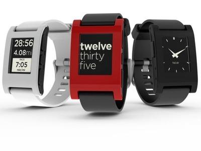 Pebble スマホ連携のEペーパー腕時計