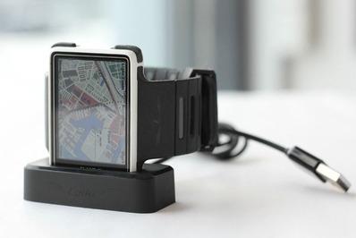 Leikr GPS watch カラーマップを表示する腕時計
