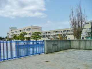 蓮池小学校