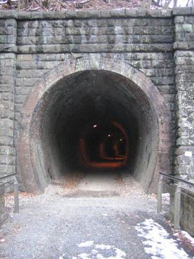 横川メガネ橋トンネル