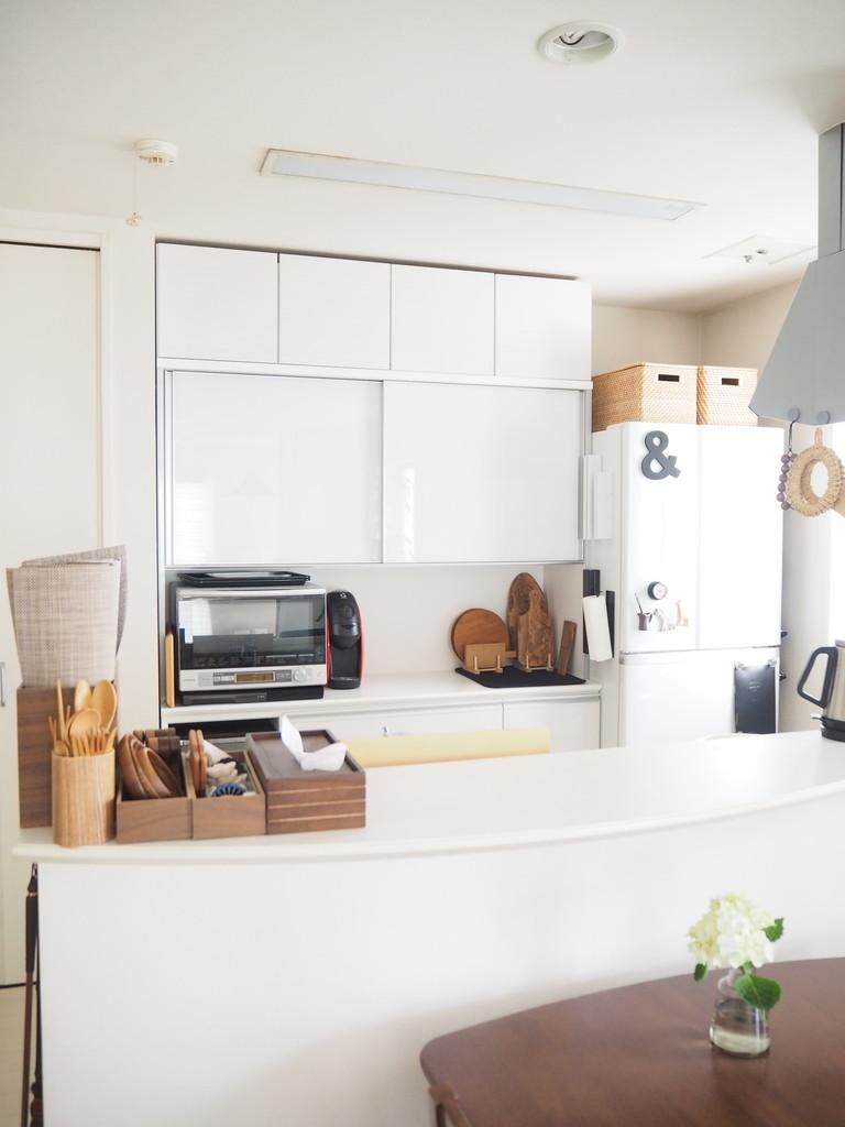 食器棚<キッチン雑貨と収納アイディア>