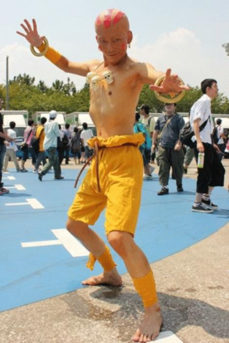 110917__468x_comiket-80-day-2-cosplay-inferno-115
