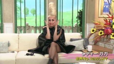 106373__468x_lady-gaga-on-japanese-tv-015