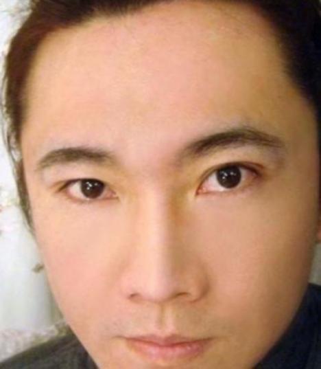 105293__468x_makeup-mastery-006