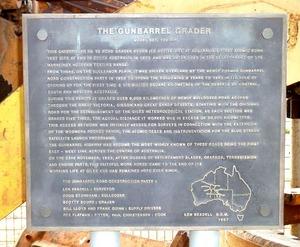 800px-Gunbarrel_Grader_plaque