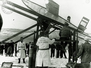 Launch_preparations_at_Greenwood_Lake_(23-02-1936)