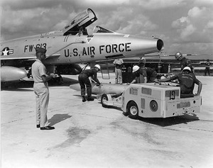 758px-Mark-28_bomb_being_transported_to_an_F-100
