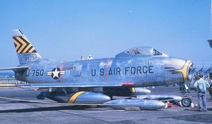 F-86H-5-NH Sabre 52-5750