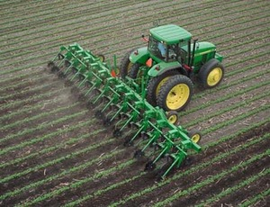 row_crop_cultivator