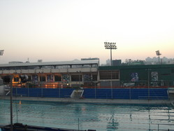 2008.3.3 AM6:07 起床、部屋の窓から見える台南市立棒球場