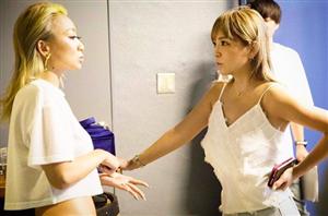 <浜崎あゆみ>倖田來未と遭遇2ショットにファン歓喜!「なにこのレアすぎる写真」「もっと2人が絡んでるとこ見たい」