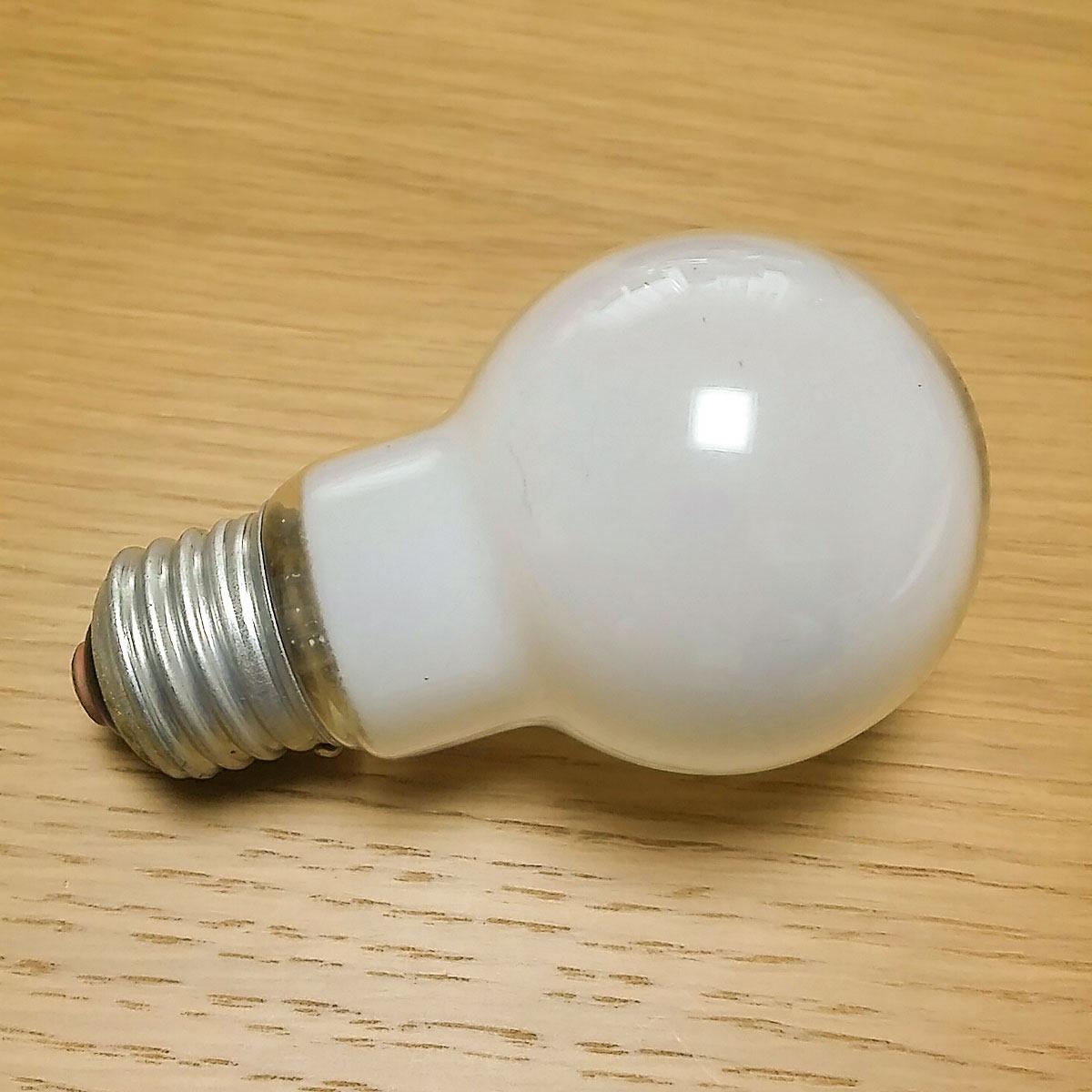 20141120,National,60型シリカ,100V54WLの電球,01