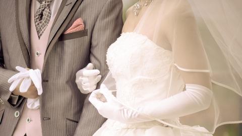 晩婚 高齢出産 老後破綻 世帯年収 800万円 妊娠