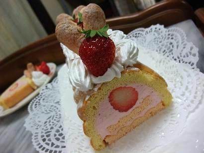 イチゴのムースケーキ3
