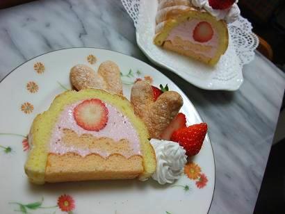 イチゴのムースケーキ2