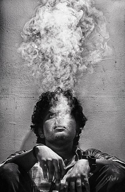smoke-474121_640