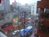 雨の国際通り