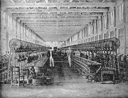 Inside_Tomioka_Silk_Mill