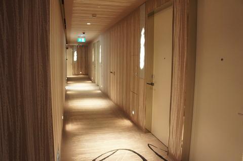 JWマリオットシンガポール落ち着いた内装の廊下