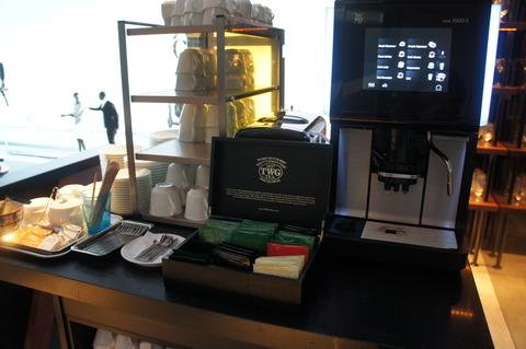 コーヒーマシーンとシンガポールTWG