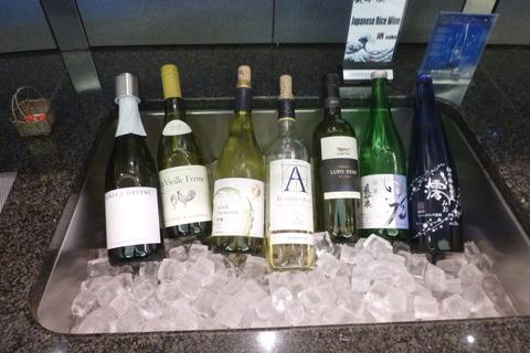 成田空港第2ターミナル・アメリカン航空・アドミラルズクラブのワイン・日本酒