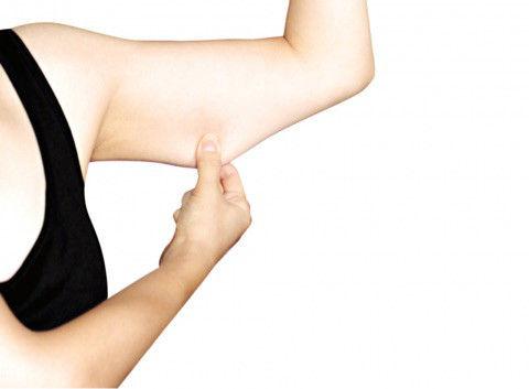 【画像】ワイ、筋トレを始めるも体の構造上ベンチプレス45kgが限界