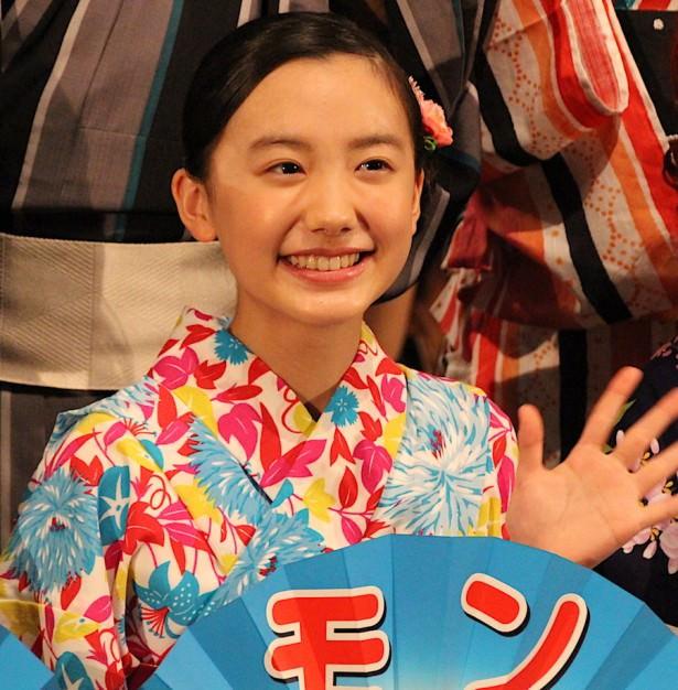 慶應ガール・芦田愛菜ちゃん(14)の最新画像がますます美女化してると話題!
