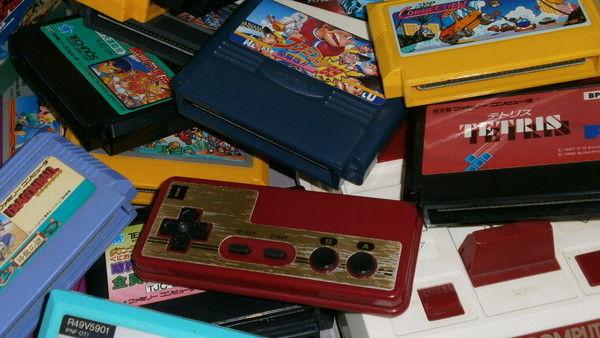 ジジババ特有のビデオゲームは何でも漠然とファミコンと呼ぶノリ
