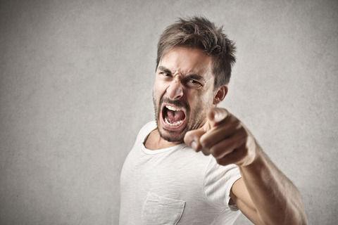【紹介記事・エンタメ】 - 【狂気】ワイの父親、結婚する気ゼロのワイに気が狂う→ とんでもないことをしでかすwww