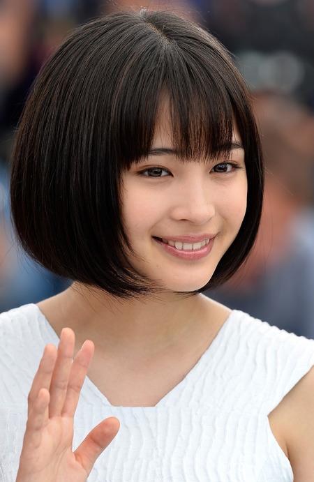 【エンタメ画像】「ヒゲが生えてる!」広瀬すず、桐谷美玲…4K映像でバレる女性芸能人の汚肌