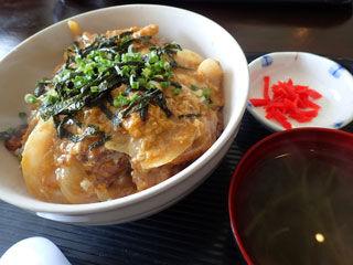軟骨ソーキ丼