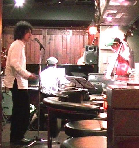 Bar ストレガ(名古屋市池下) ライブ報告