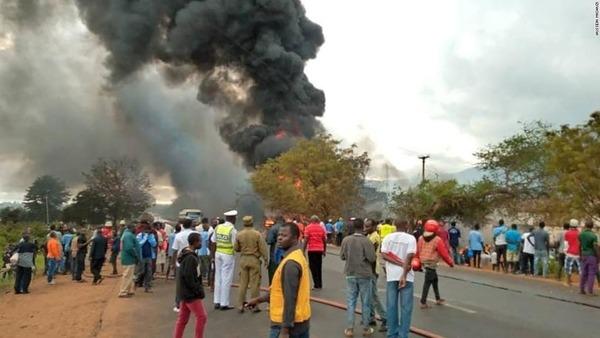 01-tanzania-tanker-explosion-0810