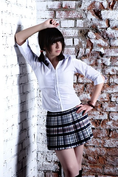 girl-4178646_960_720