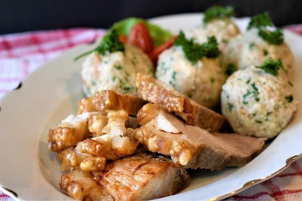 roast-pork-4483833_640
