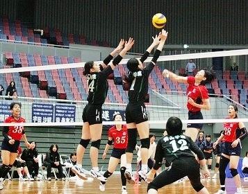 2013_12_6女子バレー川島里華選手のスパイク