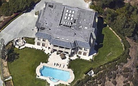 サウジアラビア王子Majed Abdulaziz Al-Saudが強姦した邸宅