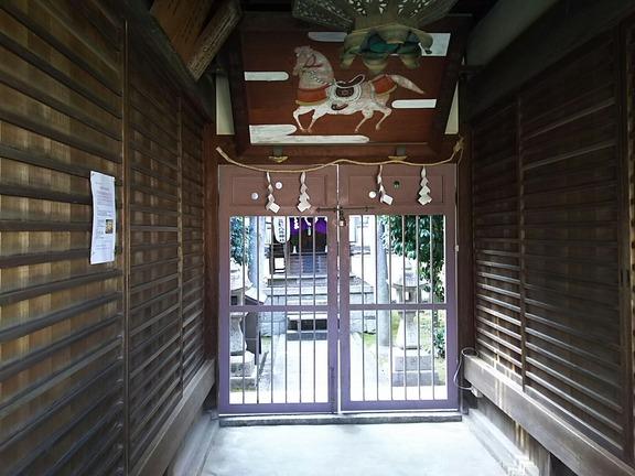 八坂神社 拝殿馬道