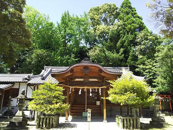 片岡神社 拝殿