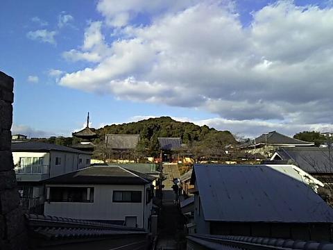 五字ヶ峯と叡福寺