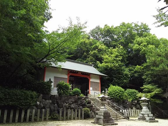 池之原神社 拝殿