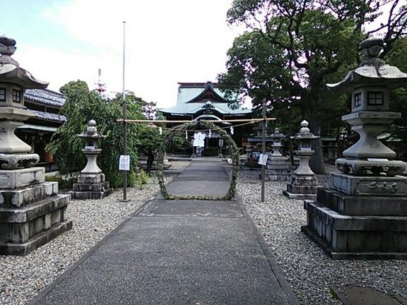 千代神社 参道と茅の輪