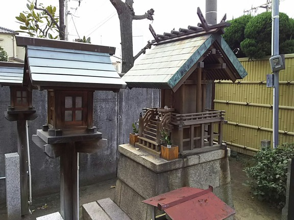 諏訪神社(諏訪森町東)