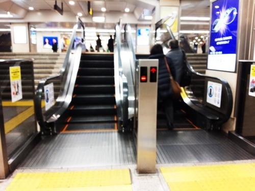 19名古屋駅エスカレーター