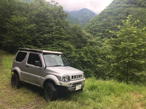 Suzuki-Jimnny-Sierra-JB43